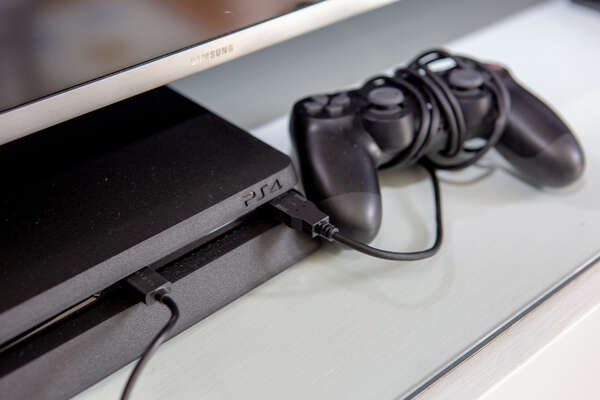 Play all day on the Playstation 4 in the kids bedroom