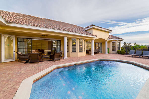 A beautiful one story pool home in Reunion Resort
