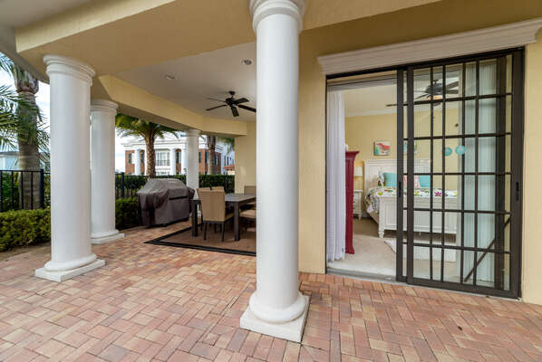Plenty of space for everyone to enjoy the beautiful Florida outdoors
