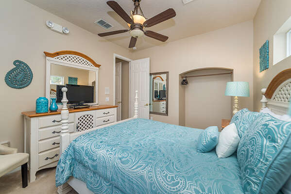 Rest well in this beautiful upstairs Queen bed