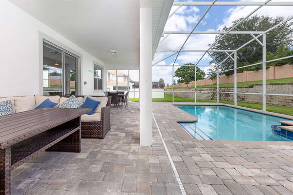 Your own private screened-in pool