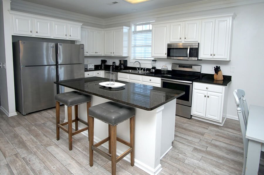 Admirals Quarters A vacation home in Cherry Grove, North Myrtle Beach | dining area | Thomas Beach Vacations