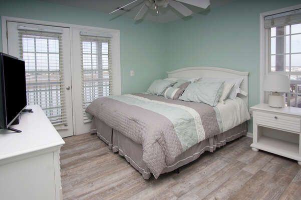 Admirals Quarters A vacation home in Cherry Grove, North Myrtle Beach | bedroom 1 | Thomas Beach Vacations