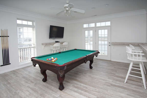 Admirals Quarters A vacation home in Cherry Grove, North Myrtle Beach | pool table in the game room | Thomas Beach Vacations