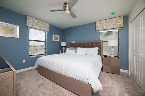 This second floor King bedroom is perfect for relaxing after long park days