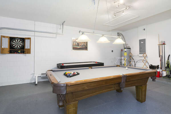 Play in this fun game room