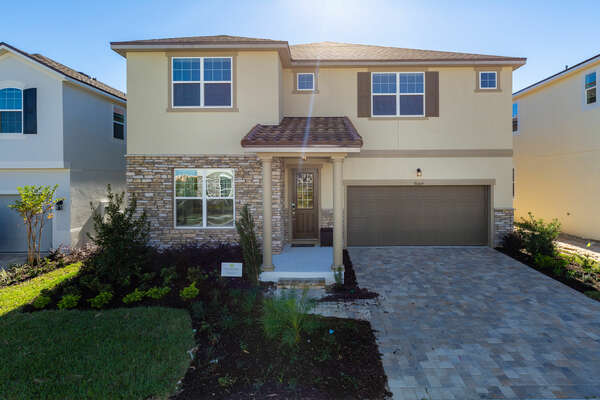 Come home to this luxurious rental home after a long day of enjoying the Orlando area attractions