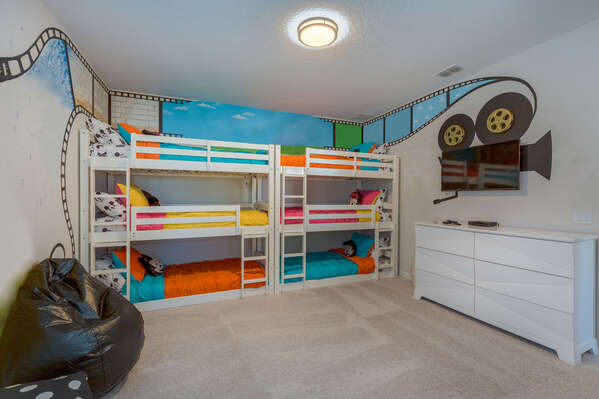 Kids will love this fun bedroom inspired by classic movies! Please note there is a 125 lb weight limit for each bed, room is equipped for 6 guests
