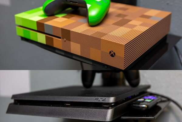 Play all day with the custom Xbox 360