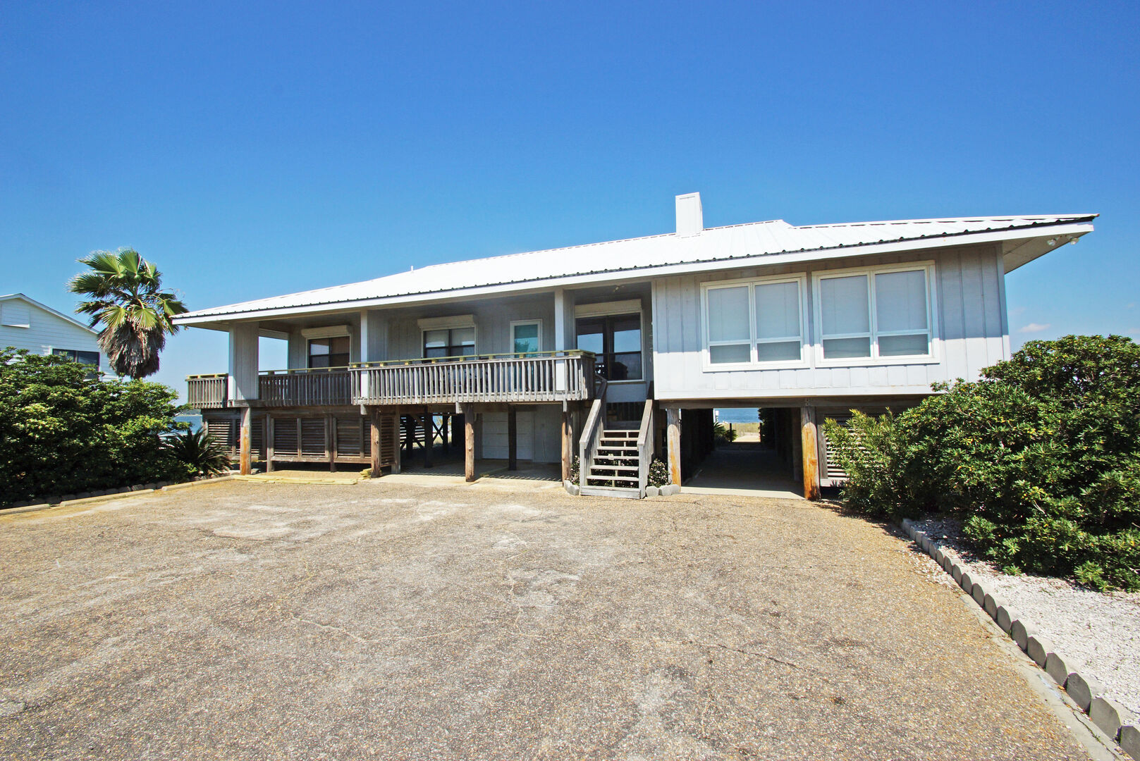 Front view of this Gulf Shores Vacation Home