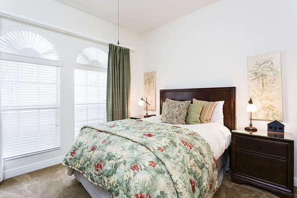 Beautiful Queen bedroom