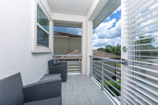 Gorgeous second floor balcony