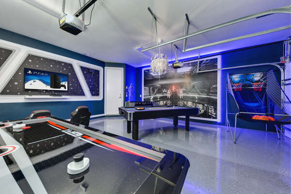 Make your Orlando vacation dreams come true, complete with an out-of-this-world galaxy game room