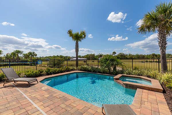 Enjoy the tropical Florida weather