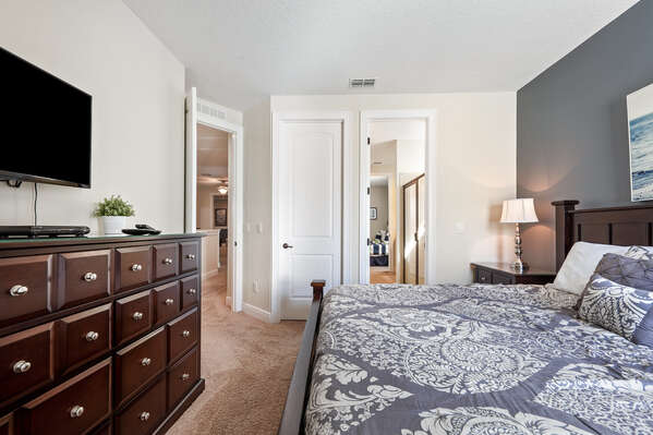 The details of this bedroom will make you feel right at home