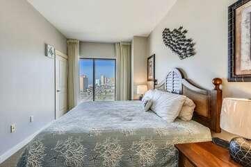 (King) Bedroom