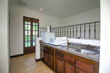 Sink and basic appliances in the Casita