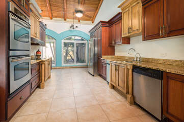 Fully equipped kitchen, ready to witness your best culinary skills