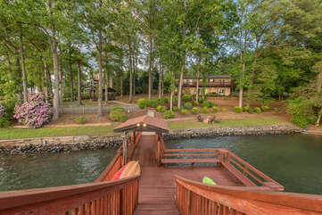 Spacious backyard, luscious greenery, settled on Lake Norman.