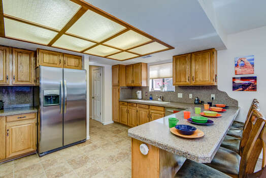 Spacious Kitchen and Bar Seating for 5