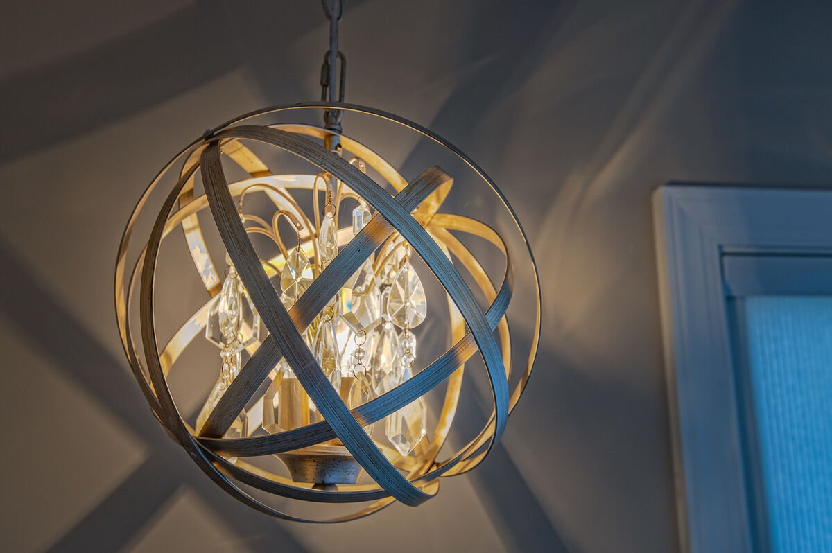 Beautiful Chandelier in Ancora Point