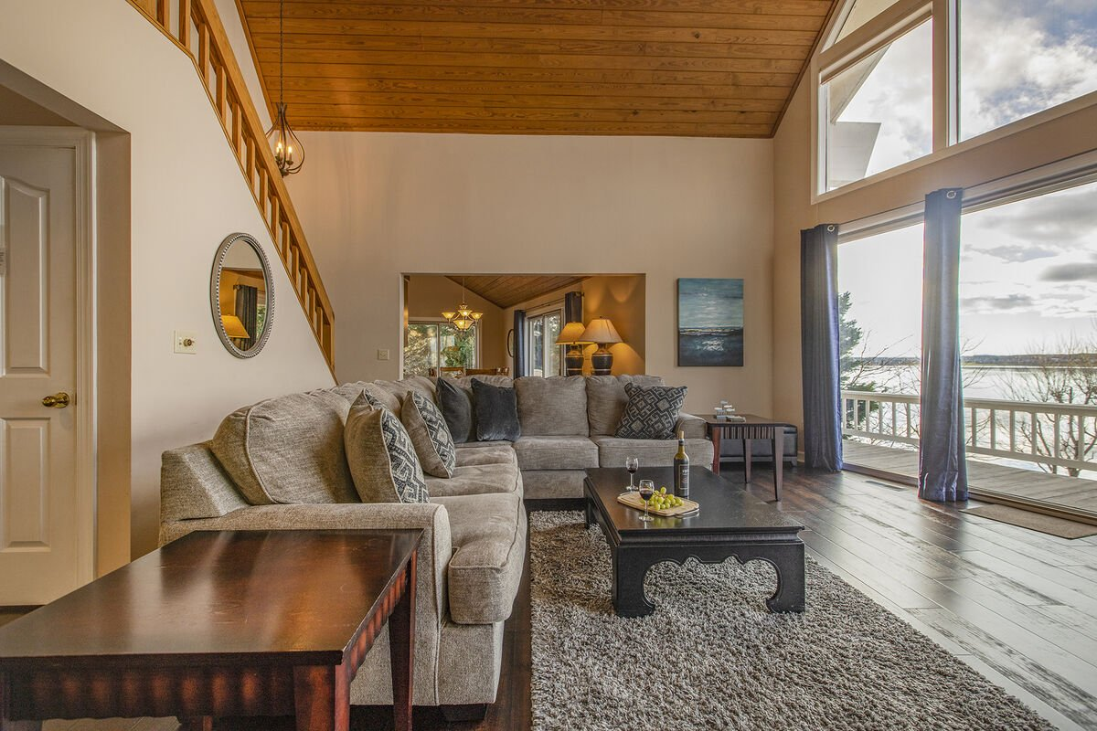 Relax each evening or morning from the Spacious Living area , overlooking the Lake