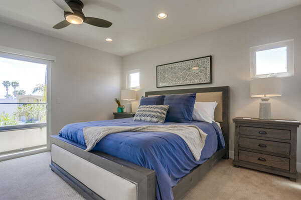 Master Suite Includes Large Bed and Windows.
