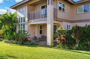 Beautiful landscaped grounds/Waikoloa Colony Villas 2306