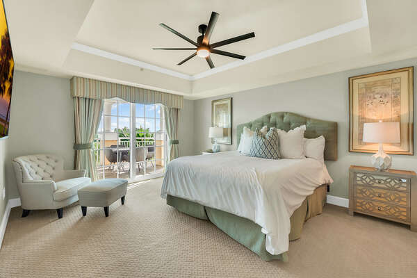 Master suite with balcony access and ensuite bathroom