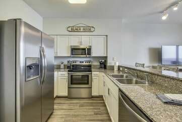 Kitchen has nice stainless steal appliances