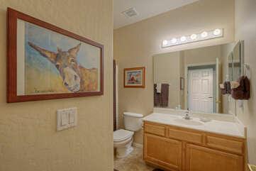 Second bath features a tub/shower comb
