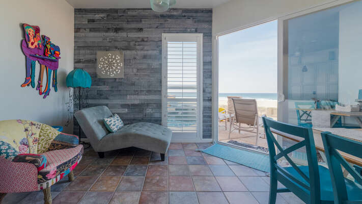 Nook with Chaise and Ocean Views