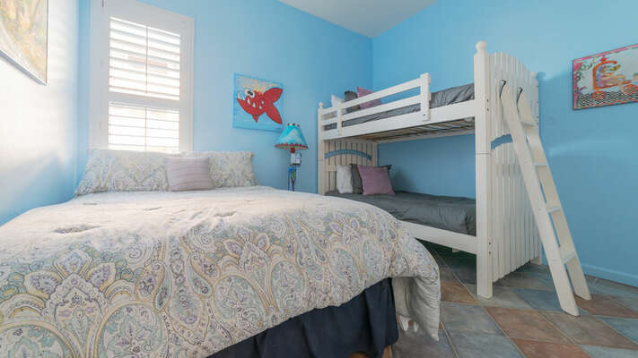 Guest Bedroom with Queen Bed and Twin/Twin Bunk