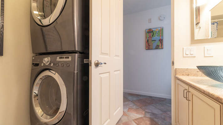 Full Guest Bath with Stacking Washer/Dryer
