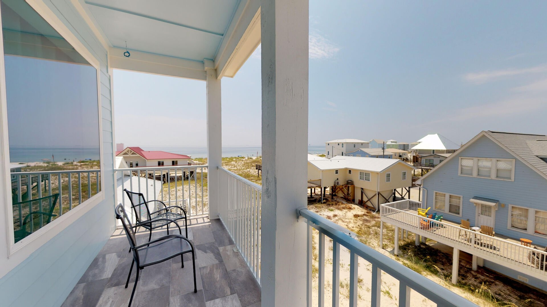 Enjoy a sunset from the spacious deck of this Vacation Home in Gulf Shores!