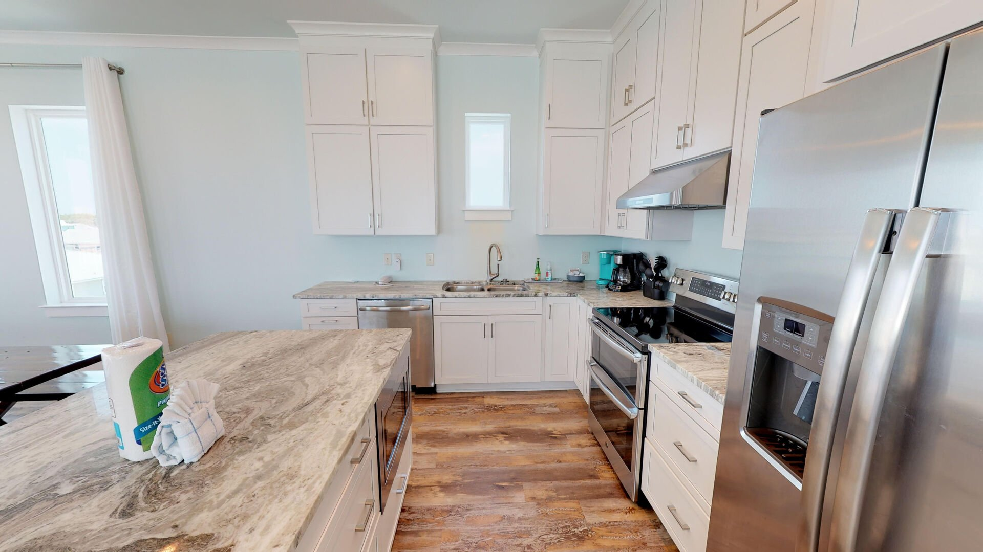 Plenty of space to prepare a meal in the kitchen of this Vacation Home in Gulf Shores.