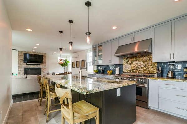 Designer Kitchen with Breakfast Bar