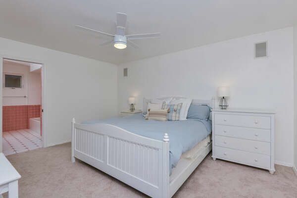 Master Bedroom, King Bed, Ensuite Bathroom - Second Floor