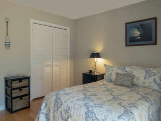 3rd bedroom with Queen size bed.