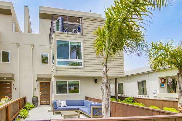 Exterior of this San Diego Beachfront Rental