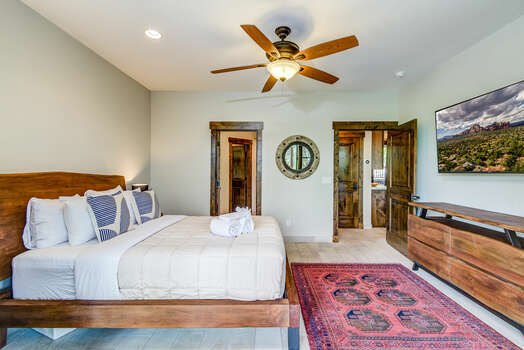 Master Bed with a Queen Bed, Smart TV, Private Bath and Walk-in Closet