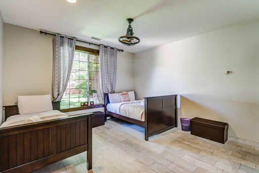 Bedroom 3 with Full and Twin Bed