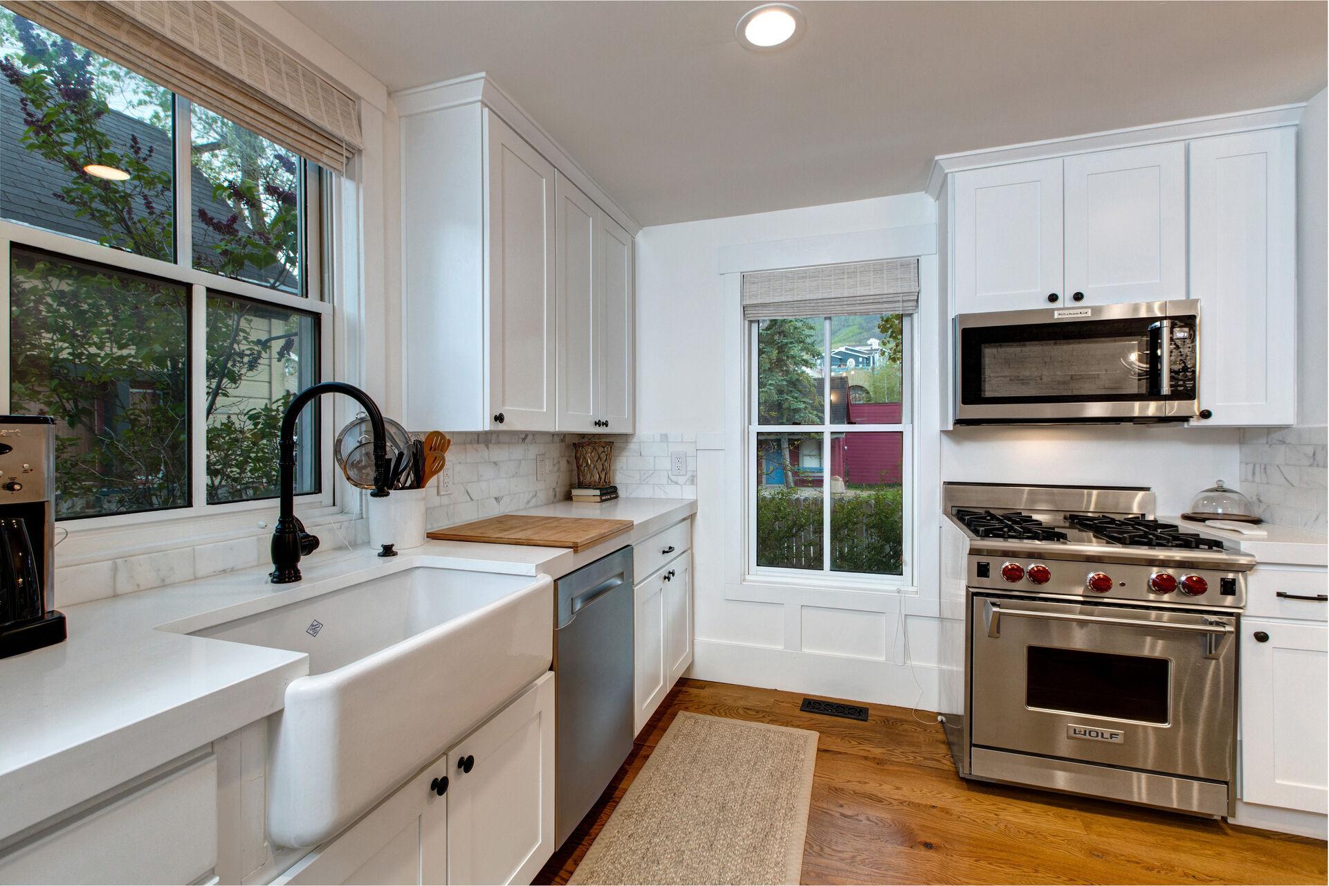 Hardwood Floors Extend into the Kitchen