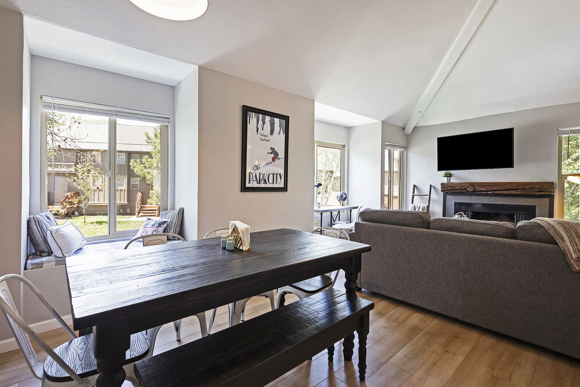 Dining Area with Seating for up to Seven and a Bench Window Seat with Linen Storage