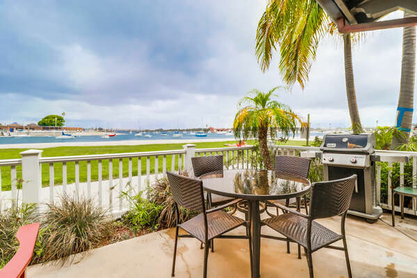 Outdoor Bayfront View & Patio with BBQ and Outdoor Dining