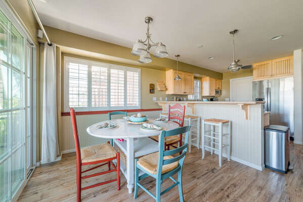 Dining Table with seating for 4 and Breakfast Bar