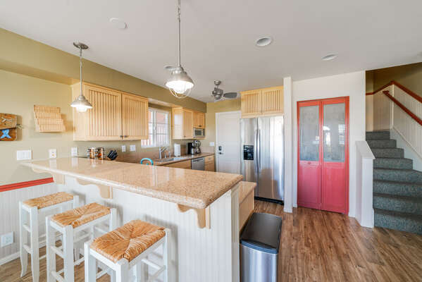 Kitchen with Breakfast Bar Seating for 3