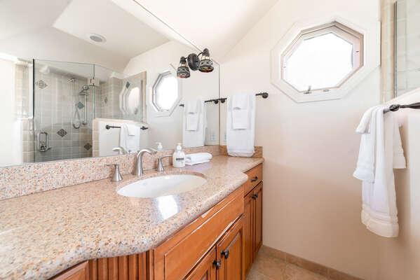 Second Floor Master En-Suite Bath