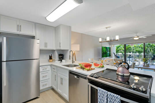 Bright and open kitchen. All brand new!