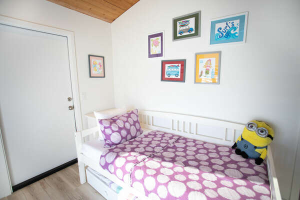Loft Space with Twin Bed with Trundel